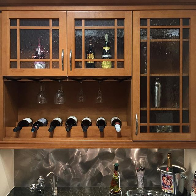 Perfect basement wetbar solution or butlers pantry design. Kitchen Craft Cabinetry #kitchendenver #denverhomeremodel #kitchenshowcase #thekitchenshowcase #kitchencraft #cabinetsdenver