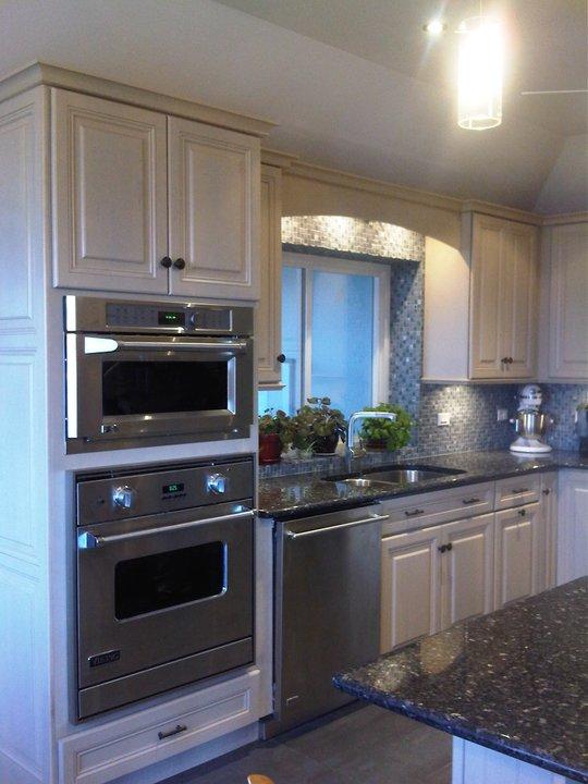 Left handed kitchen design